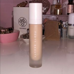 Fenty 170 pro filt'r soft matte foundation